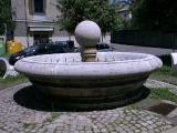 Fontana Piazza Camaiti